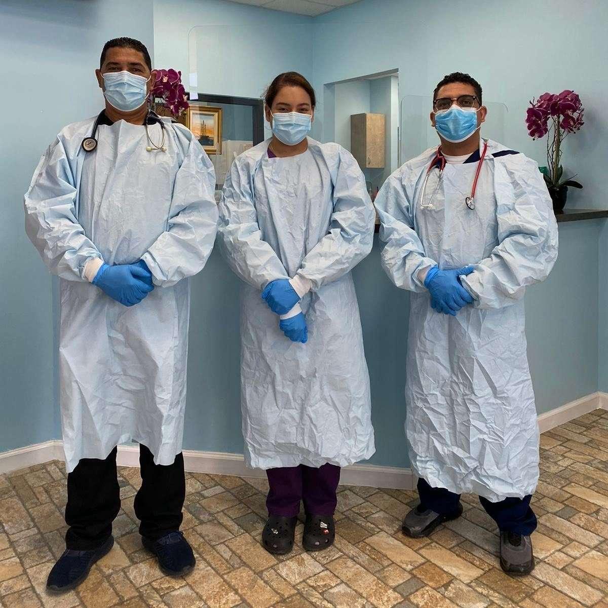 Equipo de Clinica Hispana Rubymed Mesquite TX e1616128825748